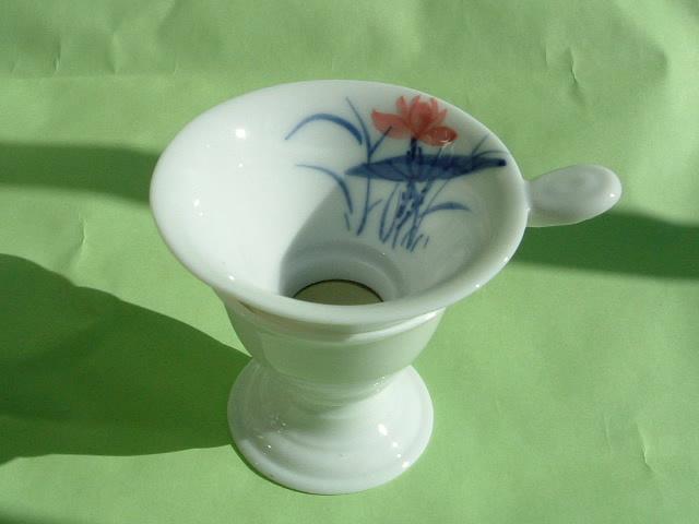 陶器製茶漉し